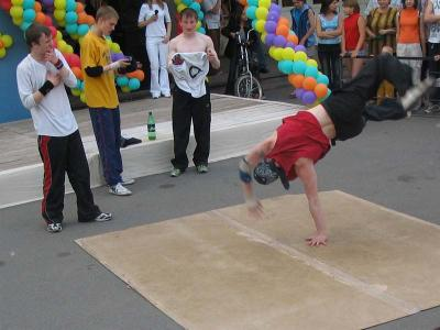 break_dance08.jpg